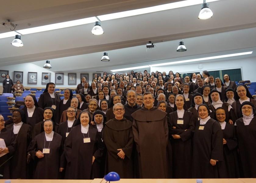 A formação das carmelitas e o centro da Ordem