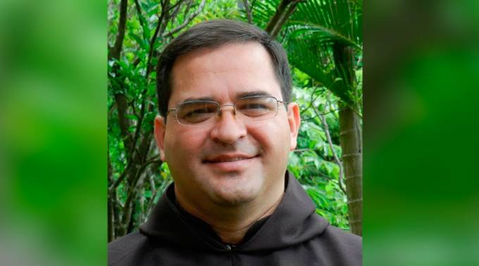 Frei Oswaldo E. Escobar Aguilar, novo bispo de Chalatenango (El Salvador)