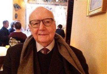 Falece Bernard Sesé